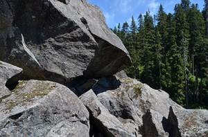 morpheus-boulders